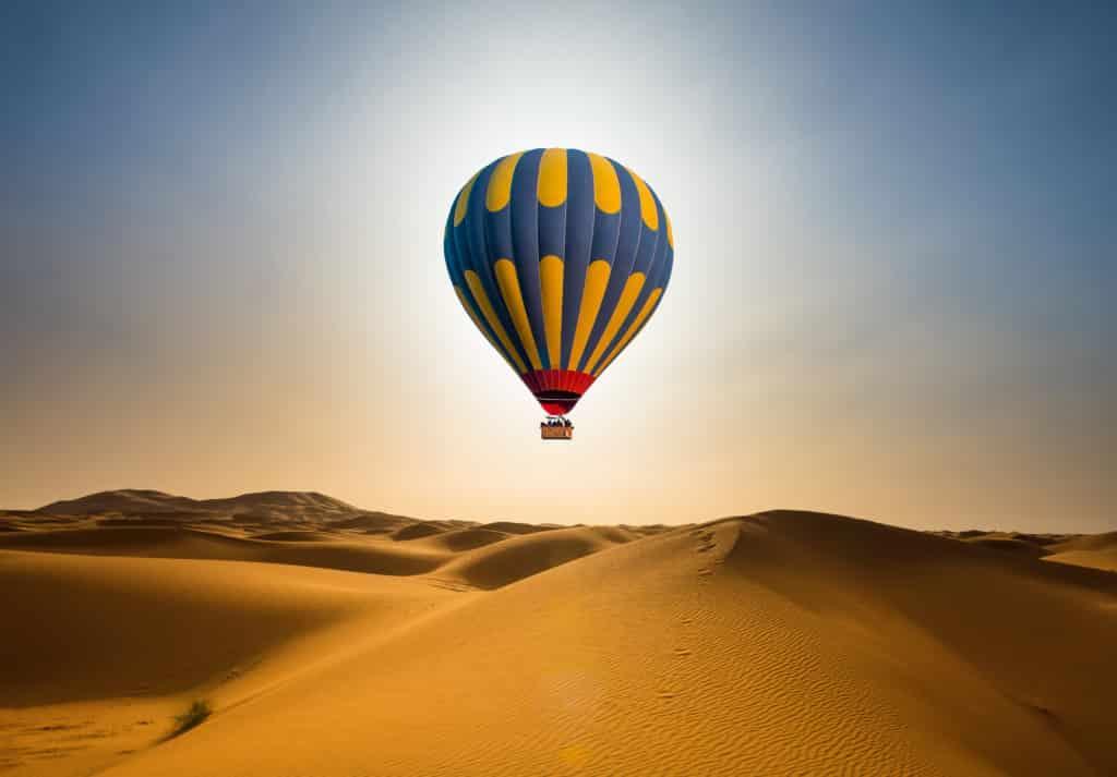 Dubai's Heißluftballonfahrt