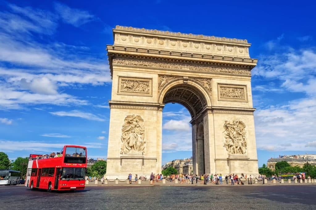 Hop On Hop Off Busse in Paris